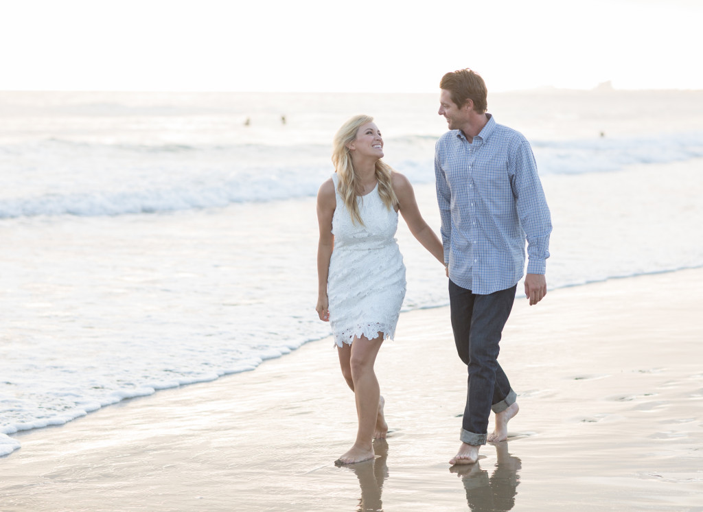 beach engagement photos, white lace dress