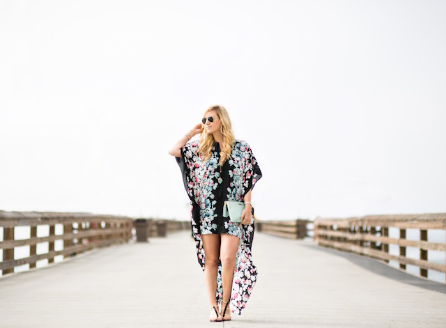 My Style diaries blogger photos by Jason Huang, balboa island fashion shoot, Nikki Minton blogger