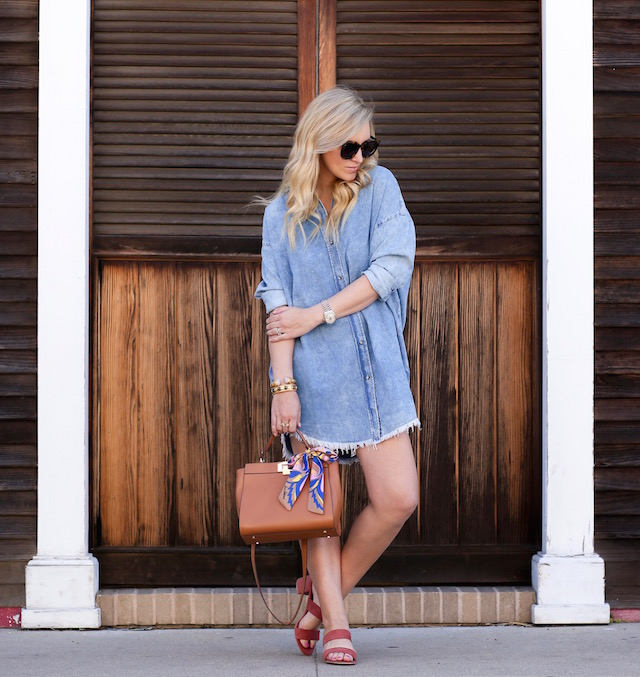 Orange County fashion blogger Nikki Prendergast of My Style Diaries in a denim shirt dress and Sam Edelman handbag.