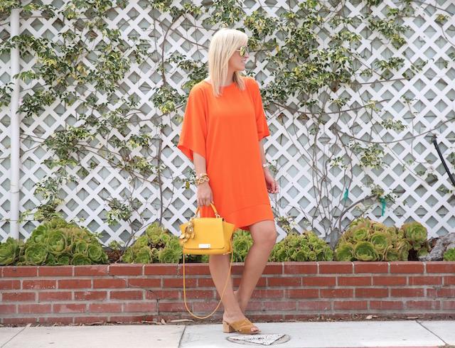 Best summer shift dress + statement handbag