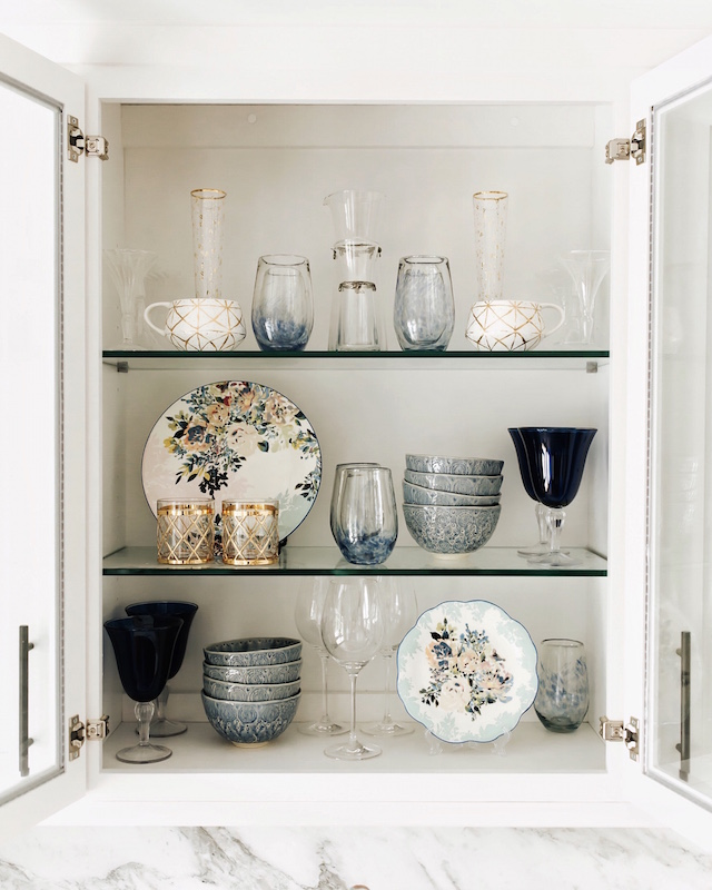 Styling kitchen shelves with Anthropologie dishware | My Style Diaries blogger Nikki Prendergast