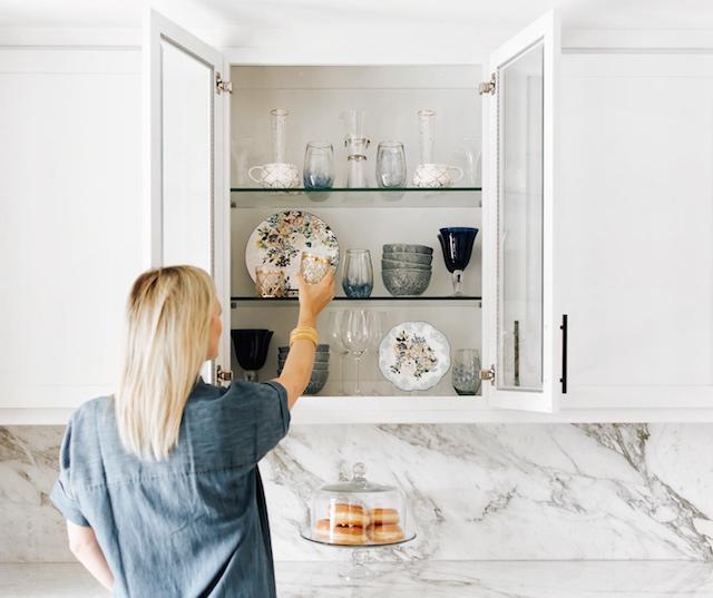 Styling kitchen shelves | My Style Diaries blogger Nikki Prendergast