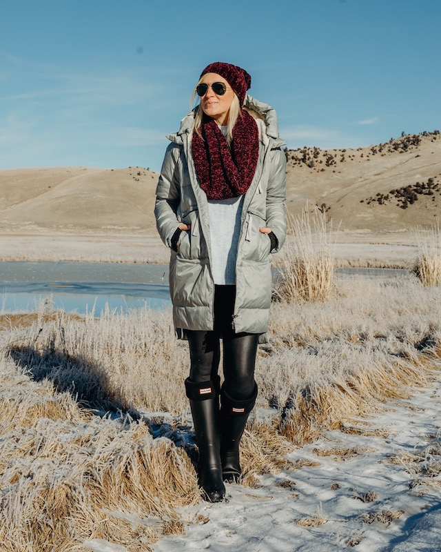 Spanx leggings, Hunter boots on sale | My Style Diaries blogger Nikki Prendergast