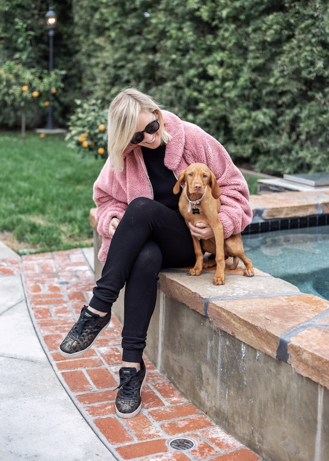 Athleisure, sneakers, teddy jacket | My Style Diaries blogger Nikki Prendergast
