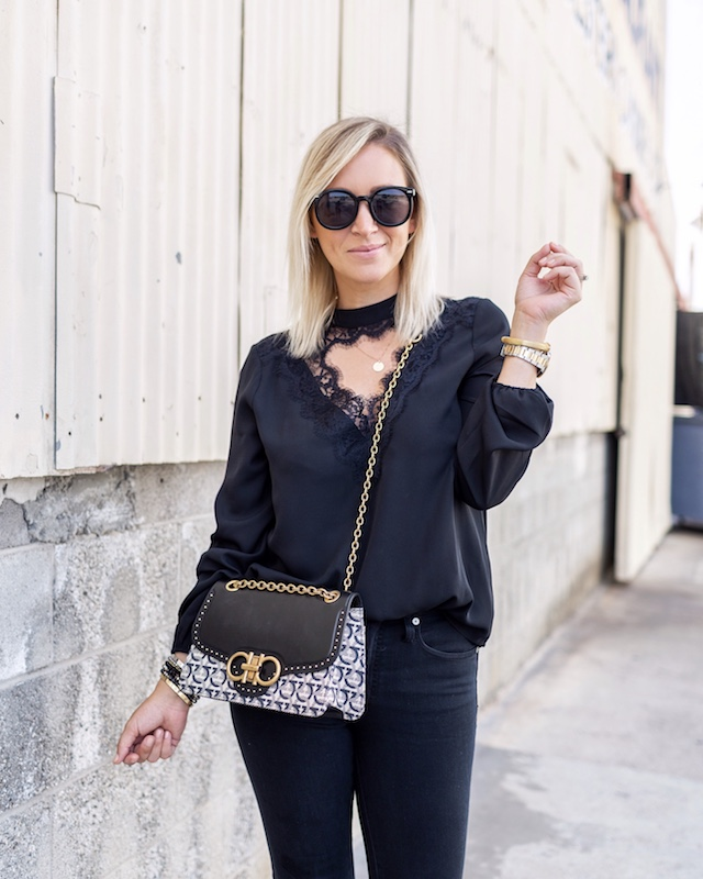 Black on black fall fashion | @MyStyleDiaries blogger Nikki Prendergast