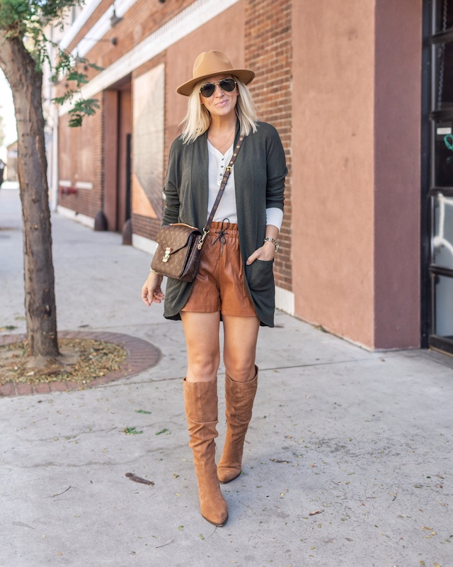 Leather shorts and high boots | My Style Diaries blogger Nikki Prendergast