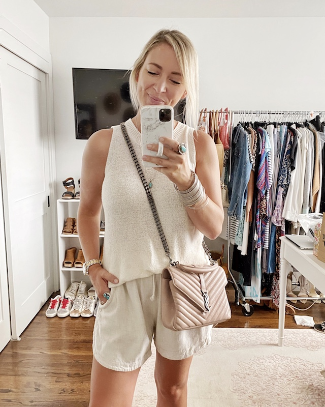 Affordable sweater tank and linen shorts | My Style Diaries blogger Nikki Prendergast
