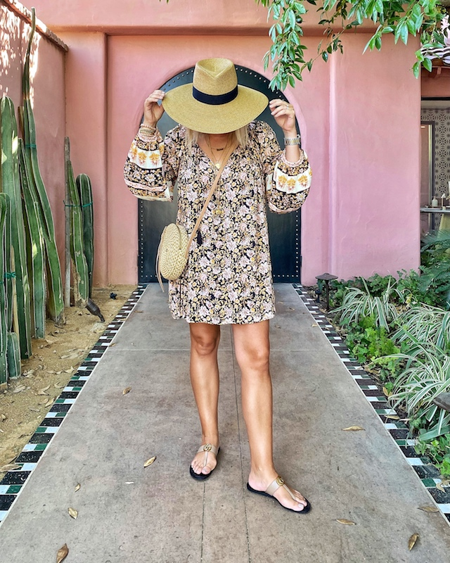 Billabong mini dress and Eric Javits accessories | My Style Diaries blogger Nikki Prendergast