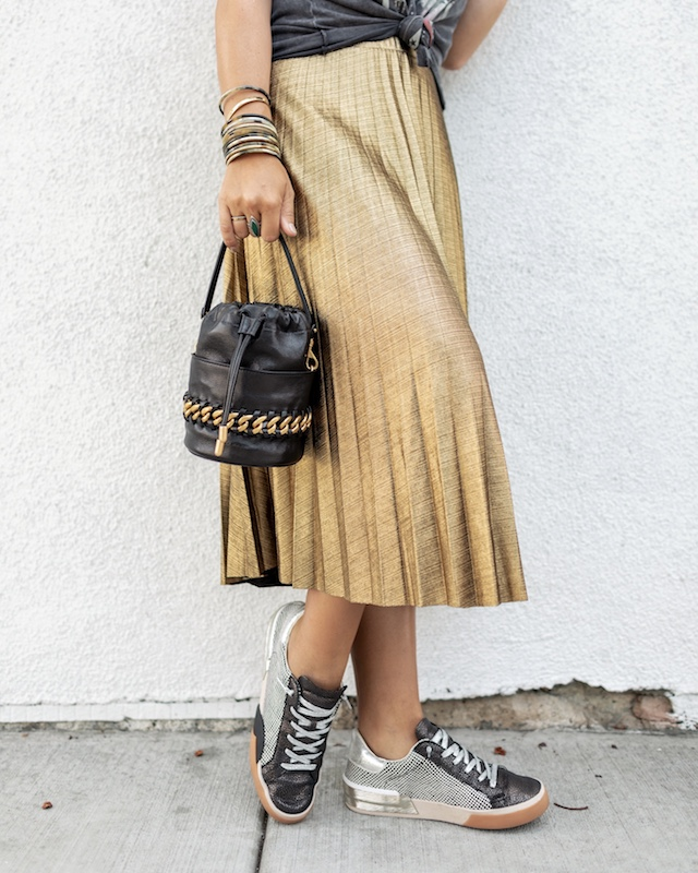 Under $20 metallic gold pleated skirt for fall and holiday   My Style Diaries blogger Nikki Prendergast